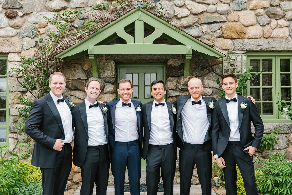 groomsmen pics