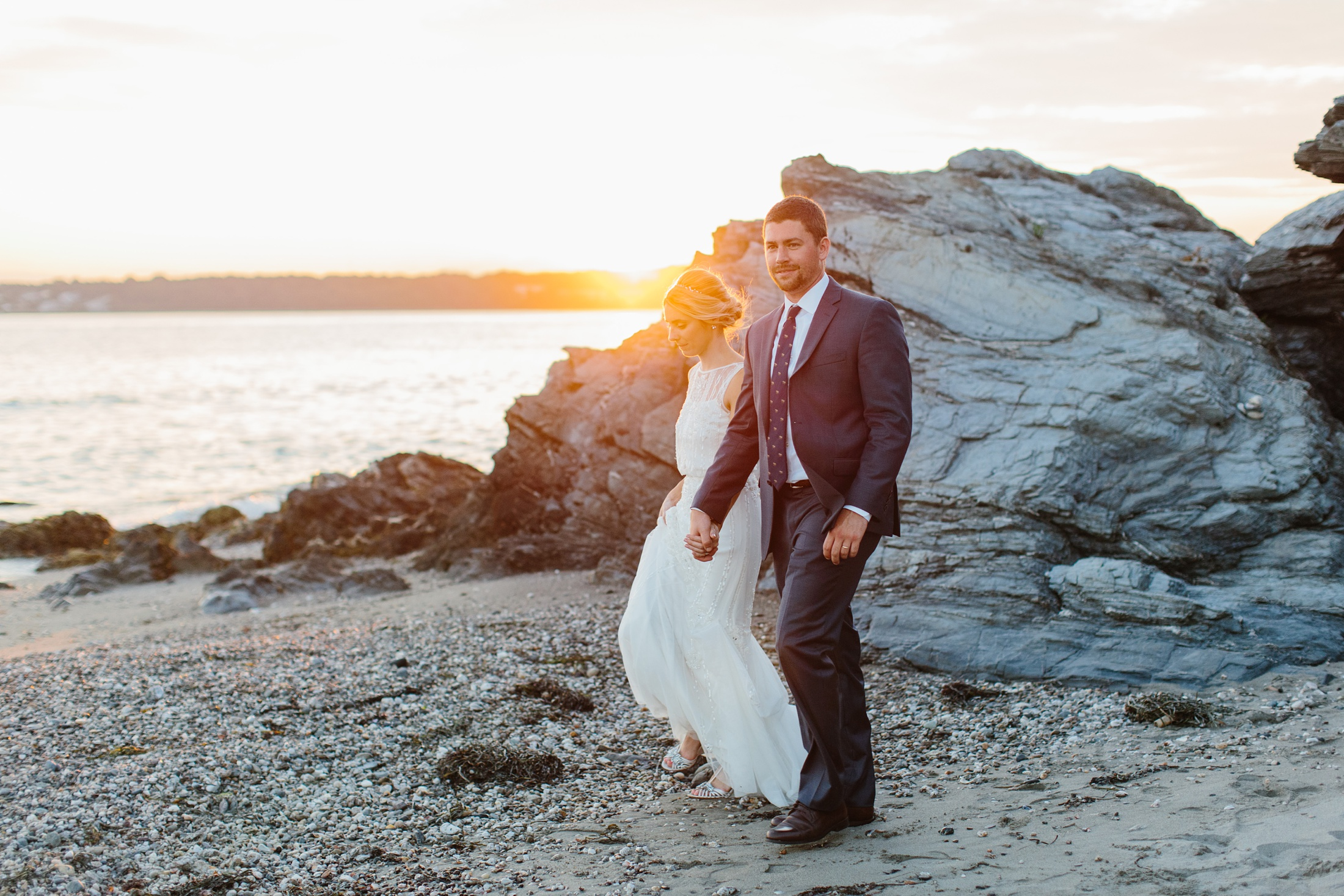 fort Getty sunset wedding portraits