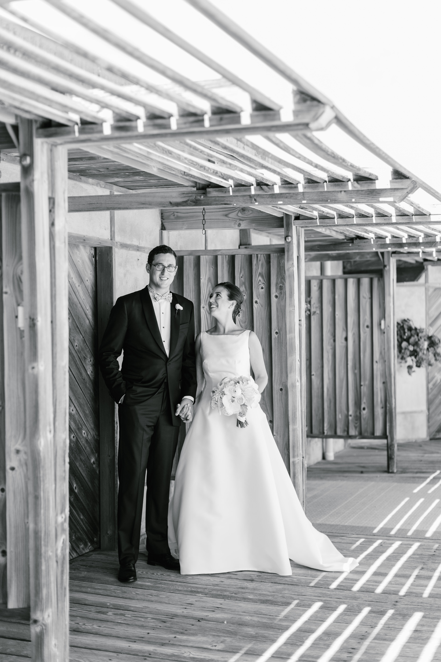 bride and groom black and white at dunes club