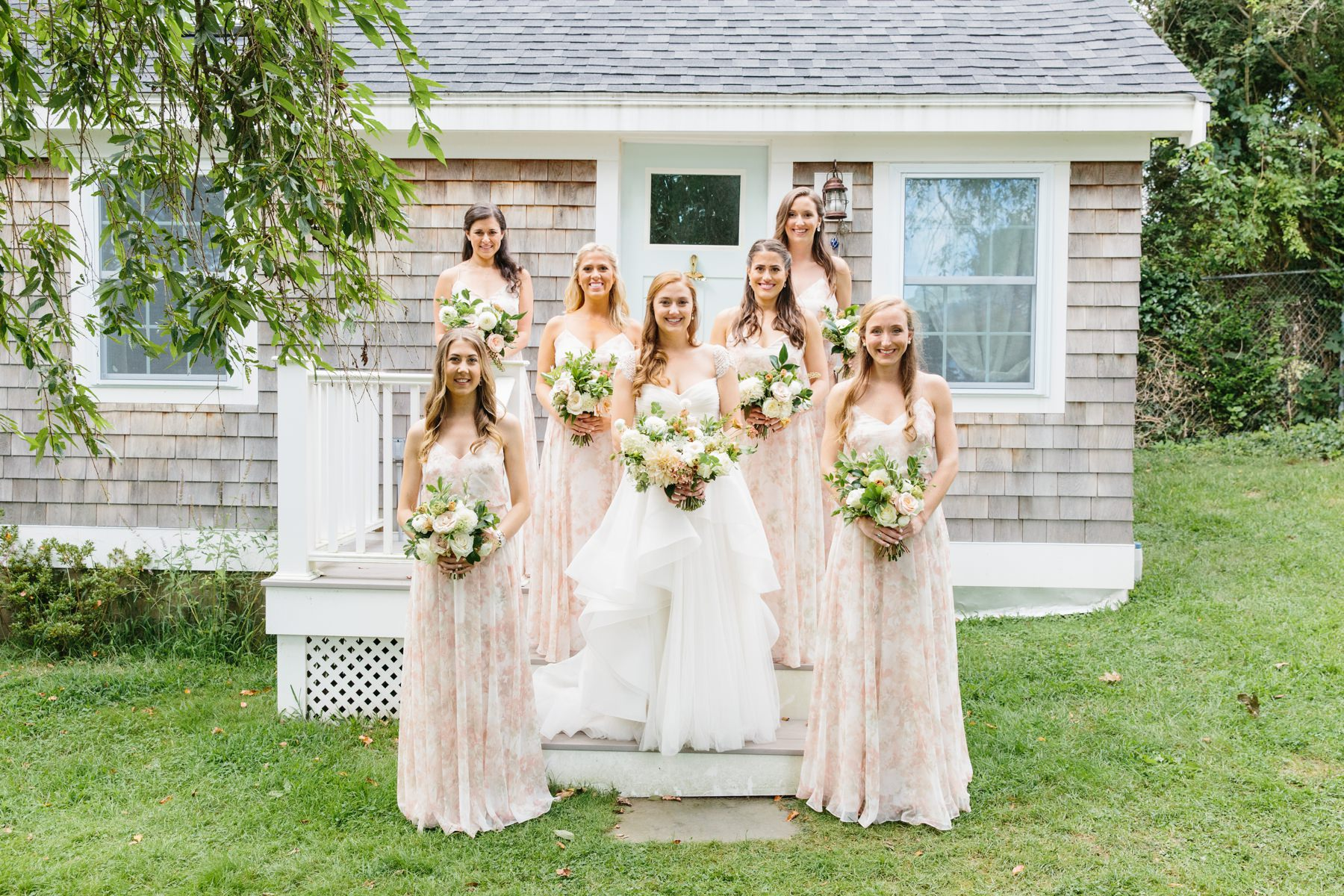 pink pineapple house newport wedding