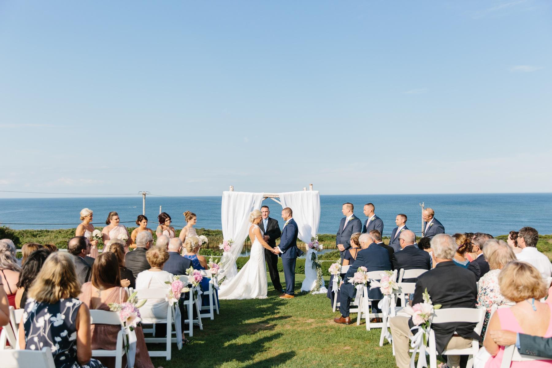 wedding ceremony spring house