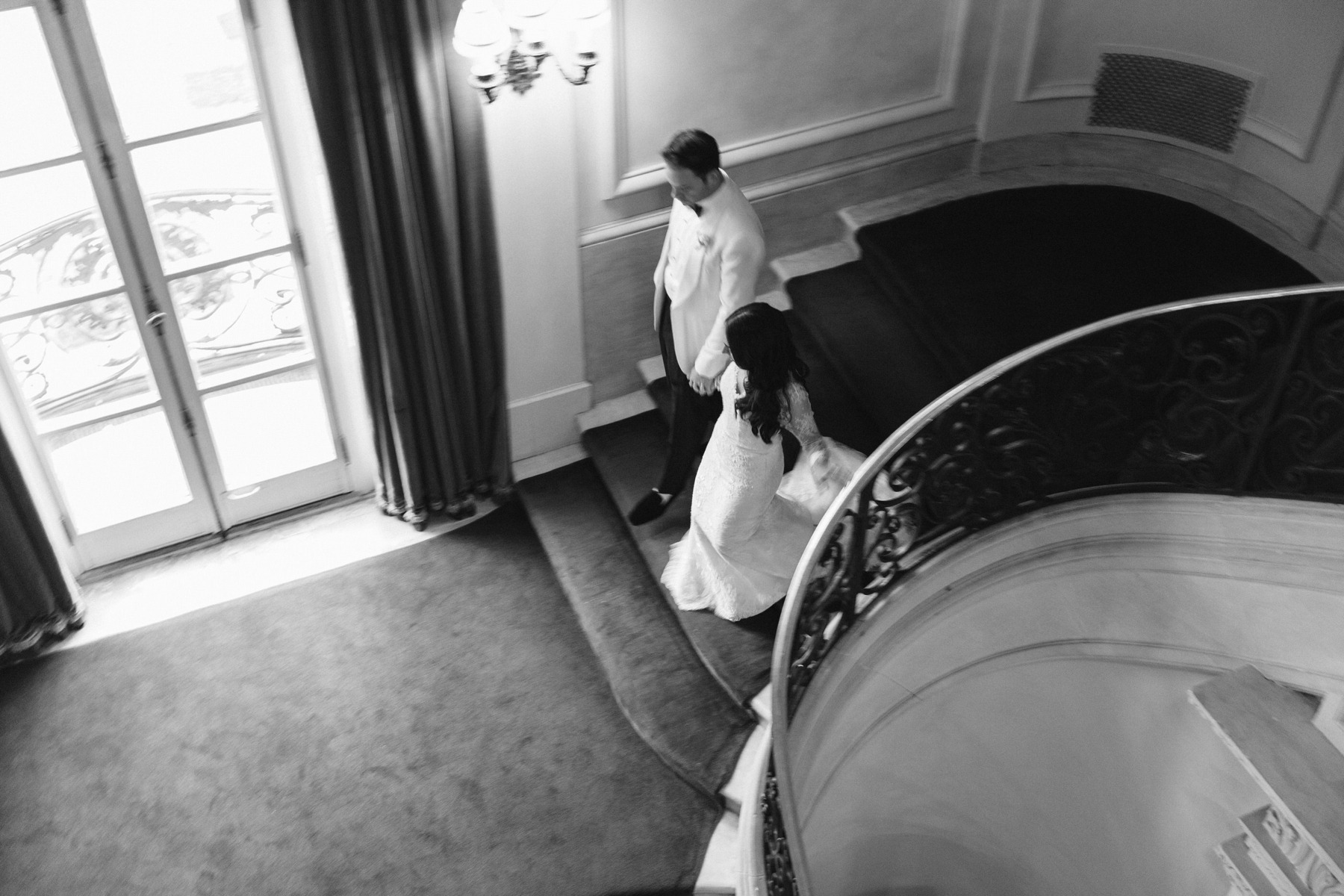 staircase rosecliff newport wedding