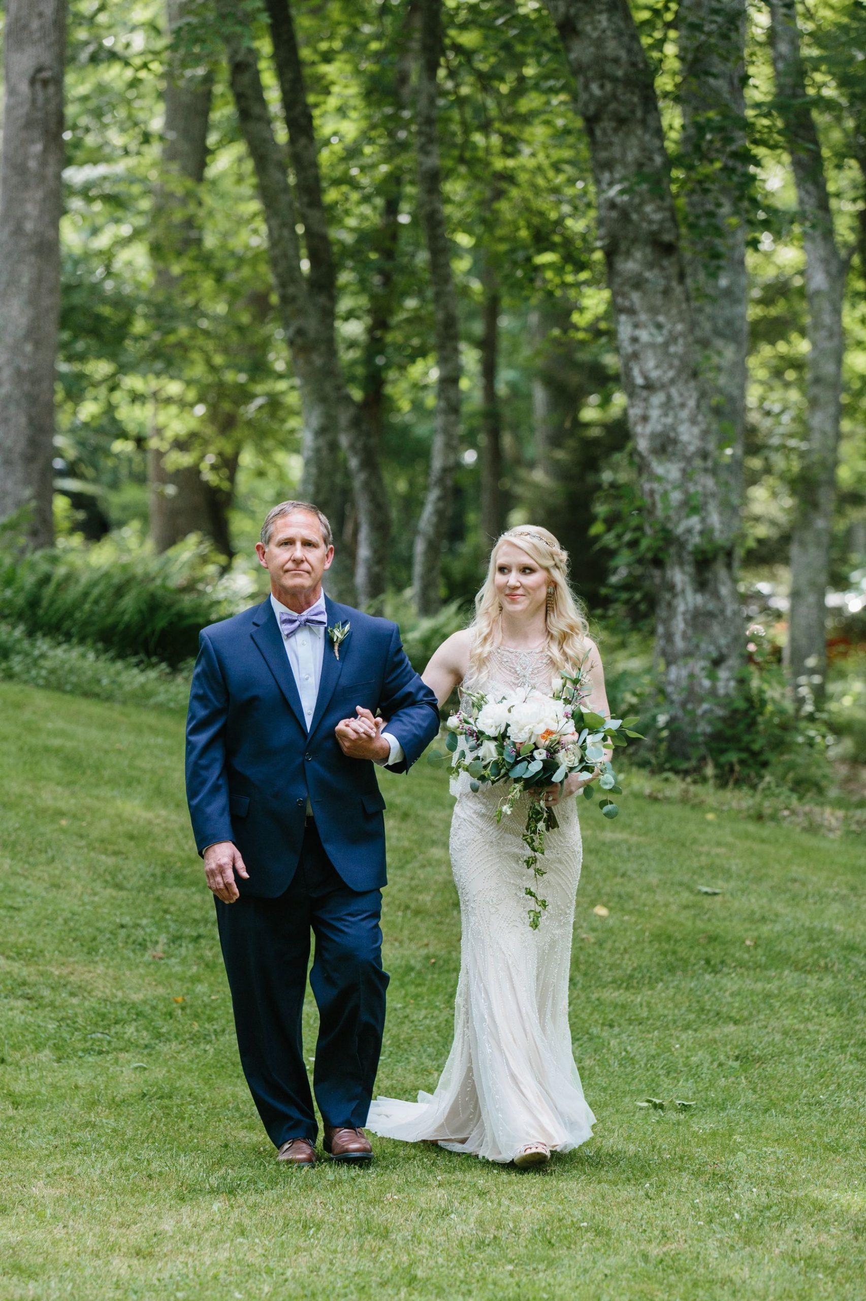 wedding ceremony backyard