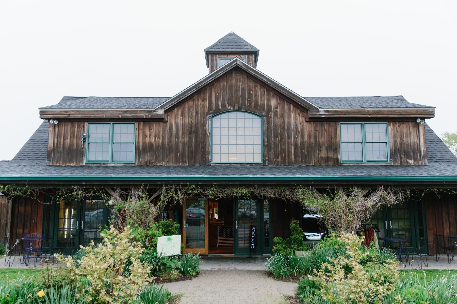 sweet berry farm entrance