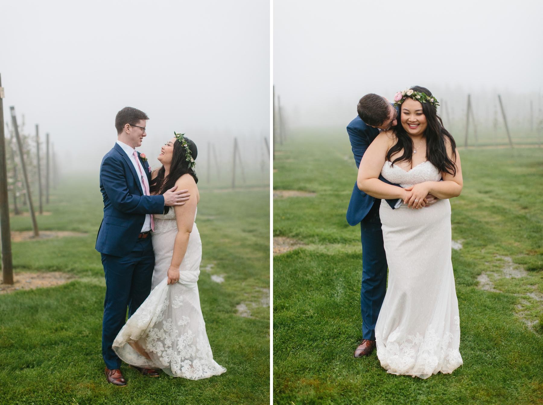bride groom in rain